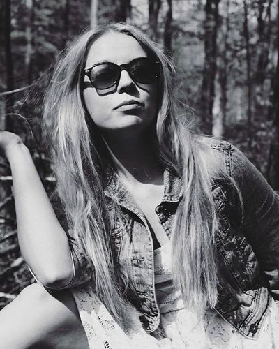 You were supposed to be different - Aron Wright 🎶 Newblogpost Blog Blogging Blogger Photoblogger POTD Mymodel Model Sunglasses Blondie Girl Canon Black Igersbnw Bwoftheday Bwbeauty White Bw_lover Art Bw_society Blackandwhite Bwstyles_gf Bandw Beautiful Perfect nb bw bnw