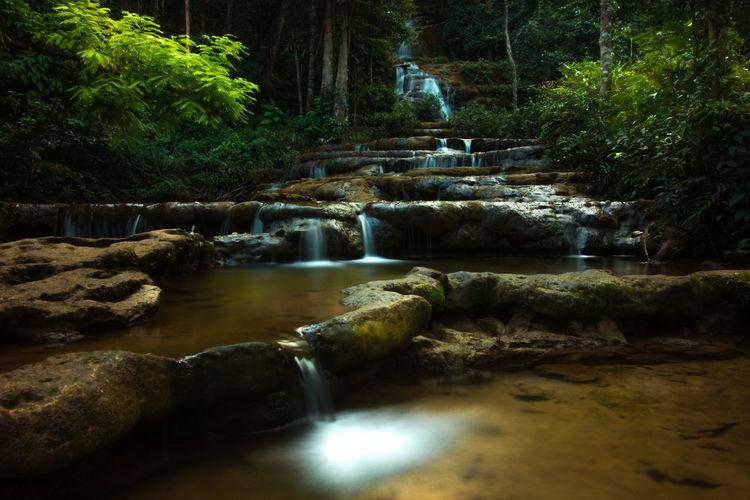 Long Exposure Motion Narrow Splashing The Way Forward Water Waterfall น้ำตกพาเจริญ พบพระ