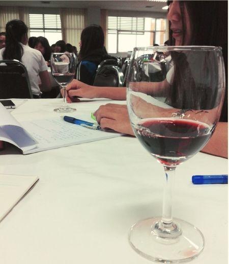 เรียนไป จิบไวน์ไป ฟินเบาๆ