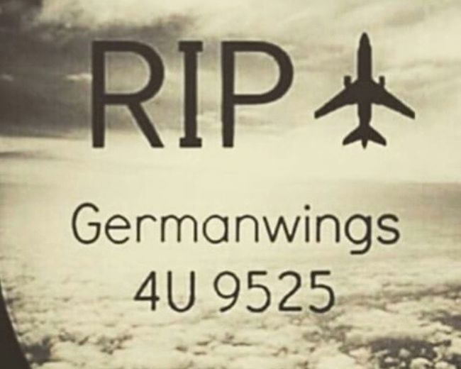 I am so sad because of this People... 😥 💔 all my daily Problems are so small in comparison with this tragedy! Praying for the bereaved... ❤️ stay strong! Germanwings 4u9525 Thinking Sad Respect Love Memories France Alps Flying