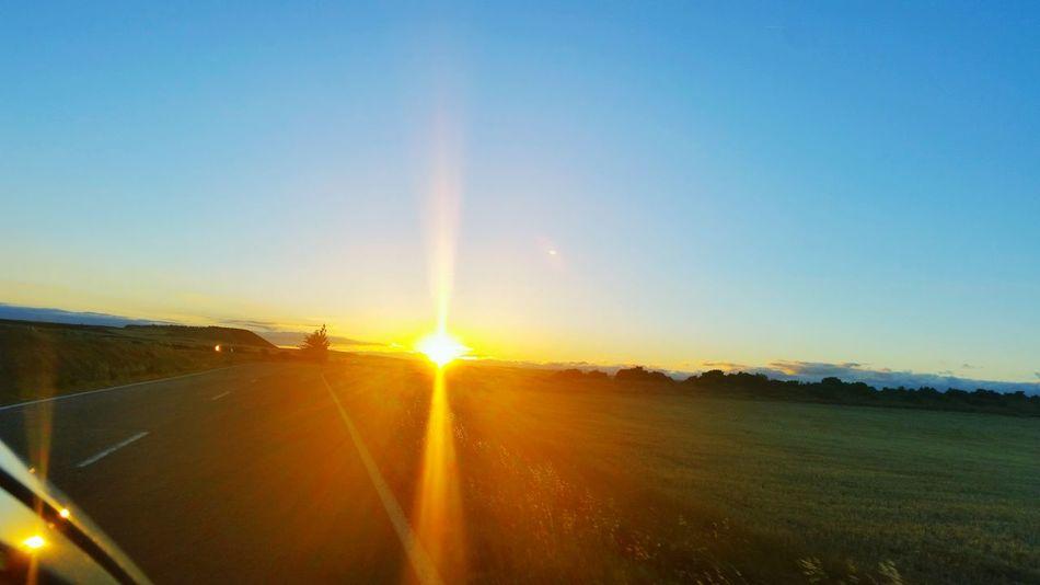 On The Road Traveling En La Carretera Viajando Lamdscapes Sunset Atardecer Popular Popular Photos Eyeemphotography