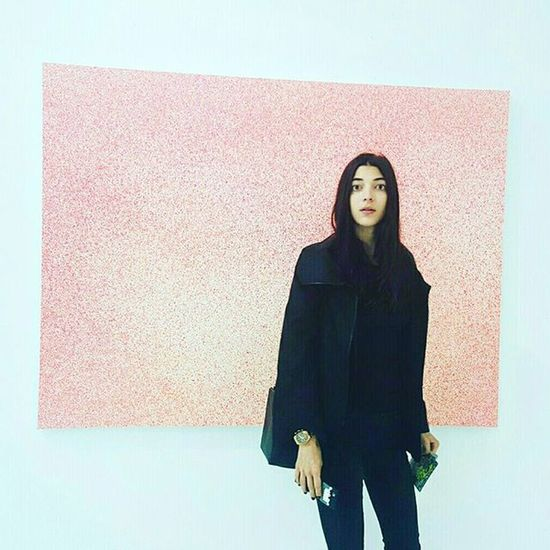@carmenjuliiia caught in the moment of bring Mesmerized by the art @theholenyc ☆☆☆ Kodakmonent Candid Surprise Yessjustjess Photooftheday