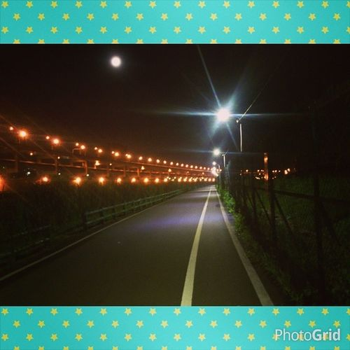 Exercise at riverside before watch world cup game in cinema Youbike Exercise 京華城看球 熬夜