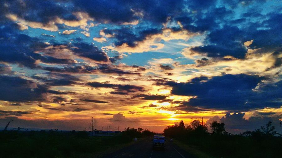 The perfect Sunset on a road less travelled! Bagalkot Clouds First Eyeem Photo Pastel Power