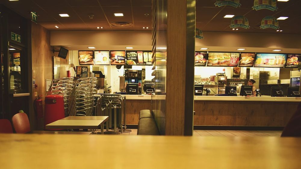 Diner Restaraunt Fast Food Indoors  Glass - Material Transparent Illuminated Selective Focus Flooring Large Group Of Objects Abundance Person Surface Level Modern Interior Interiors