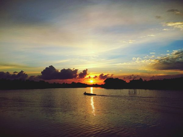 Amazing Sunset Sunset_collection Sunset And Boat Field