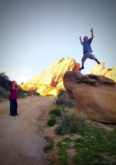 Learn & Shoot: Balancing Elements