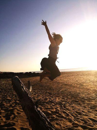 Amie Honfleur, France Soleil☀️ Beach Sea Jumping