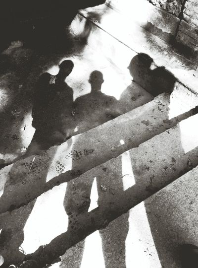 Sombresx3 Shadow Shadows Sombres Luces Y Sombras Pareifills Fatherandsons Mountain_collection Family❤ FAMILIA♥ FamilyTime
