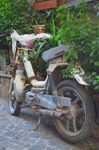 Abandoned Exploring Italy Motorcycles Old Oldie  Oldiesbutgoldies Outdoors Rome Rusty