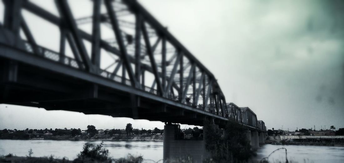 Battle Of The Cities Baghdad , Lraq Bridge - Man Made Structure Tigres River Walk
