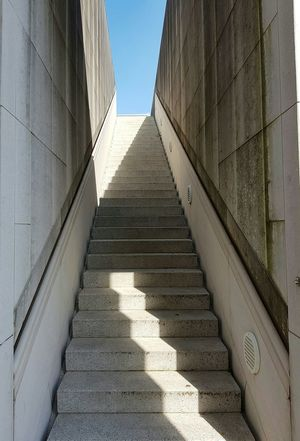 Stairs No People Minimalism Built Structure Low Angle View The Way Forward Day Vanishing Point Sky Outdoors Steps And Staircases Façade Full Frame Focus Object EyeEm Best Shots Sunlight Modern Architecture Way Up Concrete Symmetry Light And Shadow Entrance Lookingup Steps Walls