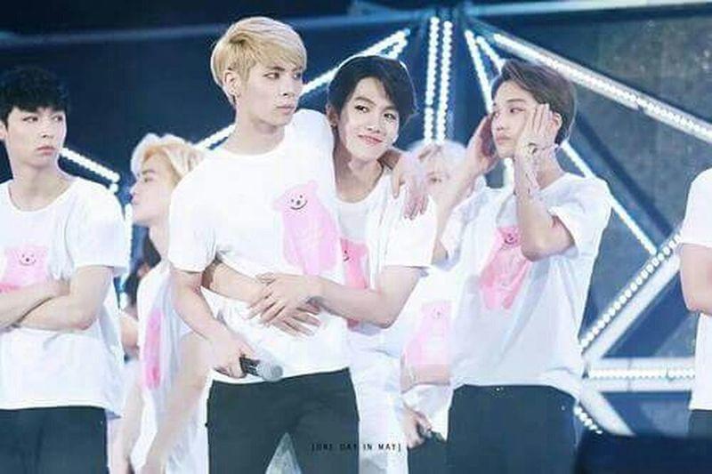 Jongbaek :D Jonghyun Kim Jonghyun Byun Baekhyun Exo Shinee SM