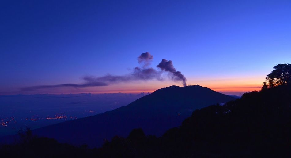 Volcano Night Mountain Nature Outdoors Landscape No People Sky Erupting Cloud - Sky Smoke - Physical Structure