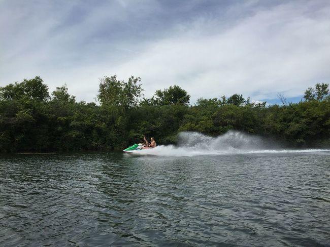 Jetskiers Boating Detroit River Enjoying Summer Michigan Summer Jet Skiing Jetski Jetskiing