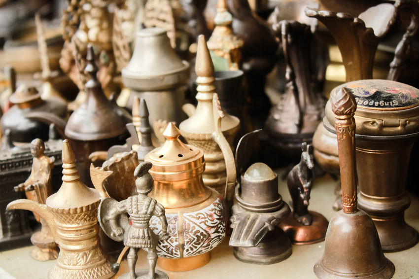 #Business #BusinessOnTheRoad #antique Shop #antiques #fleamarket #market #oldstuff Chess Chess Board Chess Piece Close-up Day Indoors  Knight - Chess Piece Large Group Of Objects No People Queen - Chess Piece Variation #historical