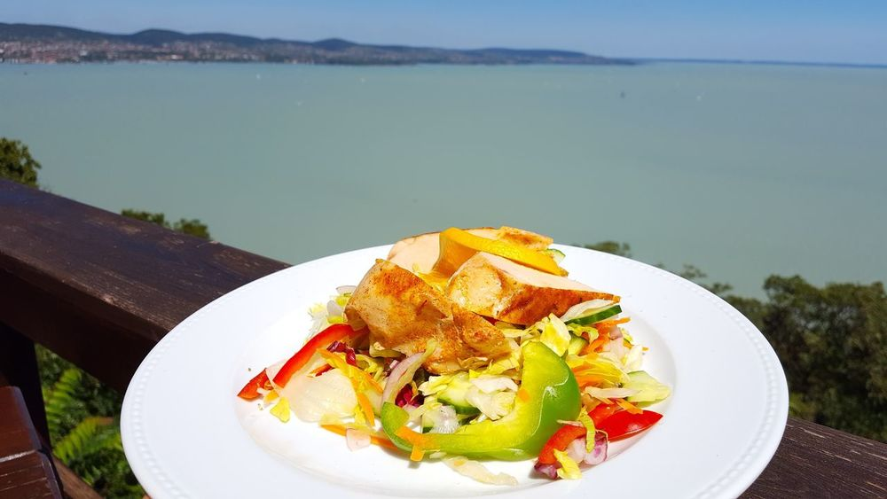 Colour Of Life Color Of Life Food Chicken And Salad Salad Chicken Steak Tihany Balaton Taste Taste Of Summer  Lake Yammy!!  Food And View Plate Nice Food Colorful Food Colorful Eyeem Hungary EyeEm Best Shots The Purist (no Edit, No Filter) Samsung Galaxy S6 Edge Eye4photography  Foodphotography Foodporn Foodlover