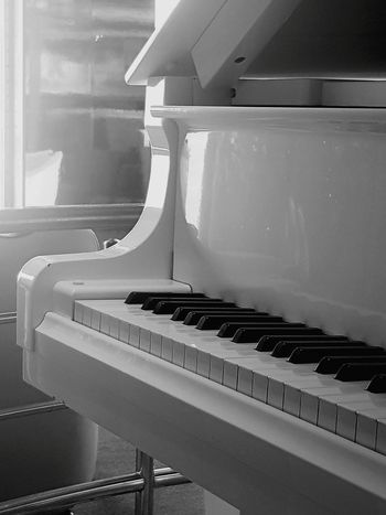 piano .. instrument musical Spiral Staircase Home Interior Business Finance And Industry Close-up Architecture Built Structure Stairway Steel Worker Metal Industry DIY Steps And Staircases Foundry Stoke On Trent Welder Blacksmith  Steel Mill Home Improvement Welding Paint Roller Piano Key Molten Renovation