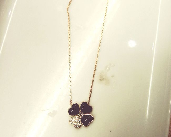 Lucky Necklace Leaf 🍂 Rose Gold