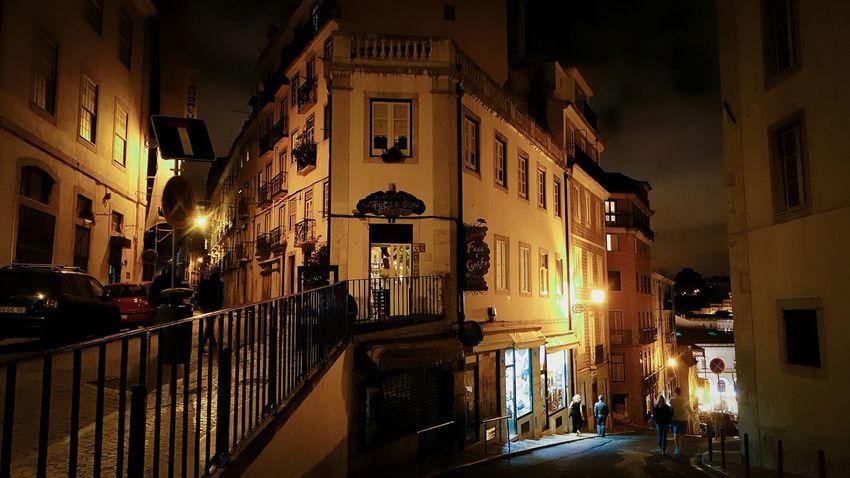 Do you like to tuk-tuk with me? Narrow streets of Lisbon. WheninPortugal Streetphotography ArchiTexture Lisbonnight Eyemphotography Traveler Travelersdiary Lisbonlife Europa