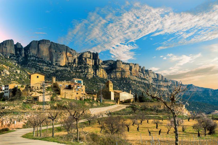 La Morera del Montsant. Colors Eye4photography  Mountain Mountains Pueblos De España Rock Formation Rural Sky Sky And Clouds