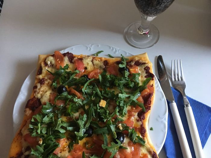 Pizza🍕 Pizza Tomate Ruccola Fork Food And Drink Food Plate Indoors  Ready-to-eat Freshness No People Serving Size High Angle View Directly Above Indulgence Close-up Healthy Eating Wineglass Day