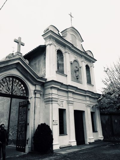 EyeEmNewHere Architecture Building Exterior Built Structure Façade History Architectural Column Religion Outdoors Dome Day Travel Destinations Place Of Worship Sky Baroque Style Politics And Government
