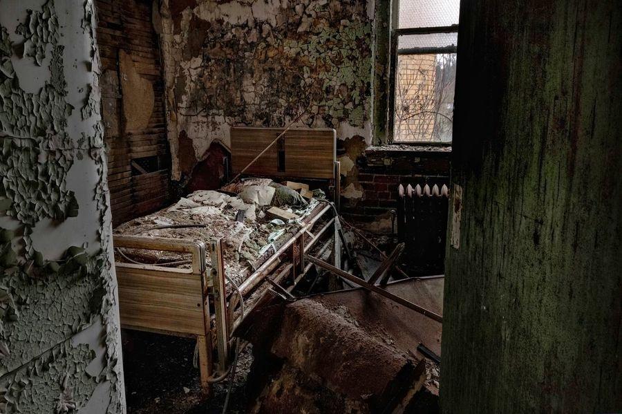Abandoned hospital, Rustbelt Urban Exploration Abandoned Hospital United States Urbex Abandoned Abandoned PlacesForgotten Places  EyeEm_abandonment Urbex Abandoned Demolitionbyneglect