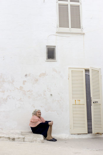Apulien Architecture Building Exterior Chilling Europe Holiday Destination In Front Of Italia Italian Italy Lady Mediterranean  Ocean Old Old Lady Old Woman Pensioner Polignano A Mare Puglia Seaside Seaside Town Stone Wall Weekend Getaway Whitewash The Portraitist - 2016 EyeEm Awards
