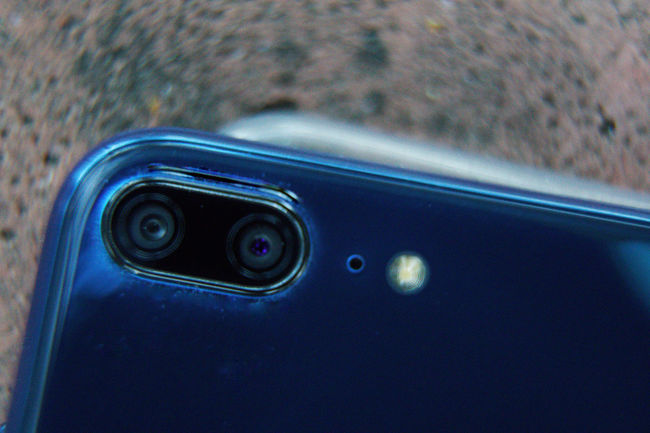 Close-up cell phone Business Camera Mirror Mobile Phone Reflection Animal Animal Eye Animal Themes Animals In The Wild Blue Car Cell Phone  Cellphone Photography Close-up Day Defocused Finger Print Focus On Foreground Glass - Material Indoors  Land Vehicle Macro Metal Mode Of Transportation Motor Vehicle No People One Animal Selective Focus Transportation Vertebrate Water