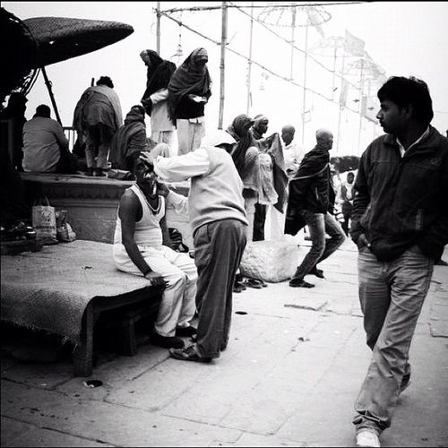 This ain't Sevilla #bw #blackandwhite #bwlovers #noir #noiretblanc #india #nex5 #sony #shave #streetphotography #ganges #ig #igersfrance #instagram #jj #iphonesia #instamood #instagramhub #theonetowatch Instagram Ganges Noiretblanc Igaddicts Instamood Ig Igers Jj  Instagramers BWlovers Streetphotography Statigram Noir Instagramhub Blackandwhite Webstagram Shave Igaddict Bw Igersfrance India Theonetowatch Iphonesia Nex5 Sony Igersindia