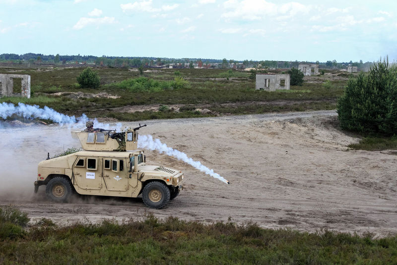 Grenade Training Grenadelauncher Humvee Military Maneuvers NATO Smog Soldier Traverse
