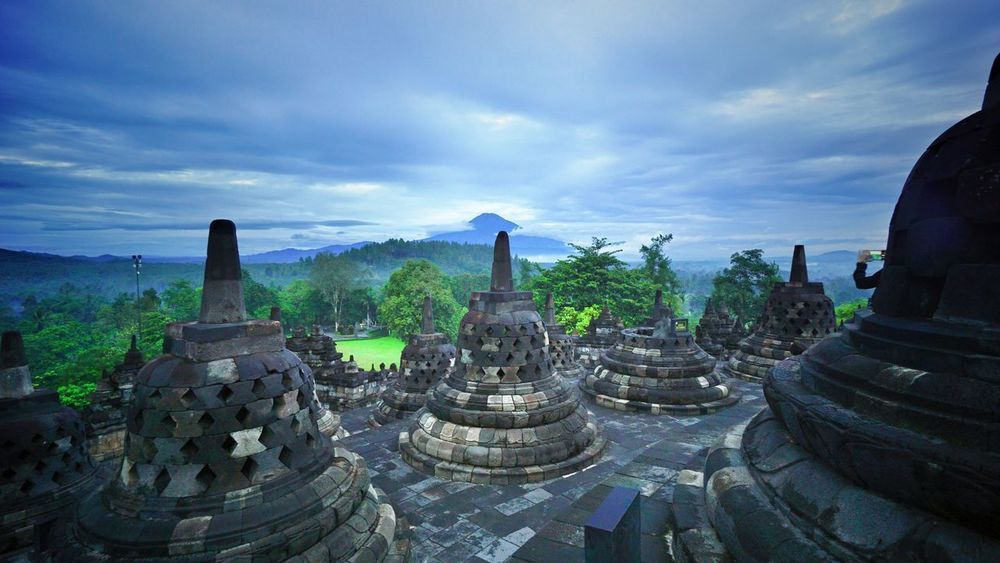 Borobudur temple Budhist Temple Budhism Photography By @jgawibowo Arif Wibowo Photoworks Shot By @jgawibowo Shot By Arif Wibowo Property Of Arif Wibowo Heritage Indonesian Heritage Religion Business Finance And Industry Travel Destinations Architecture Spirituality Cloud - Sky Old Ruin Ancient Ancient Civilization