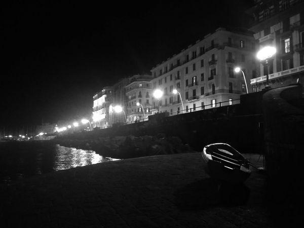 Napoli segreta #napoli #mauryhappy #noir Night Illuminated Mode Of Transport Architecture Building Exterior Outdoors Nightlife No People City