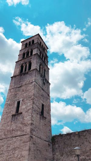 Old Tower Architecture Built Structure Building Exterior Low Angle View Sky Cloud - Sky History Travel Tall - High Tower The Past Wall EyeEmNewHere