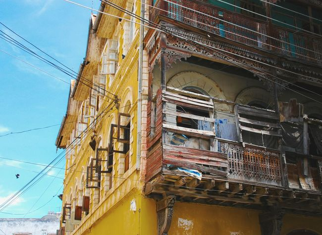 African Beauty Capturing Freedom Mombasa Old Buildings Beauty Of Decay Architecture Kenia & Africa My Eyes For Architecture Phantasy City Stillness In Time #followfriday