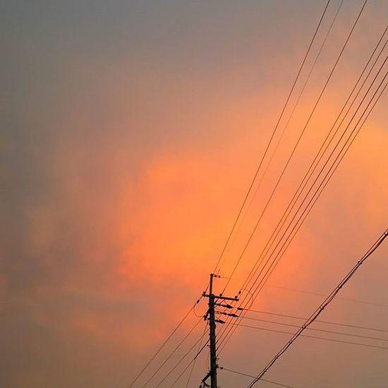 今日もおつかれさまでした。 空 Sky イマソラ ダレカニミセタイソラ Team_jp_ Japan Instagood 景色 Scenery 自然 Nature Icu_japan Ig_japan Ig_nihon Jp_gallery Japan_focus Sunsets Sunset Sunsetlovers