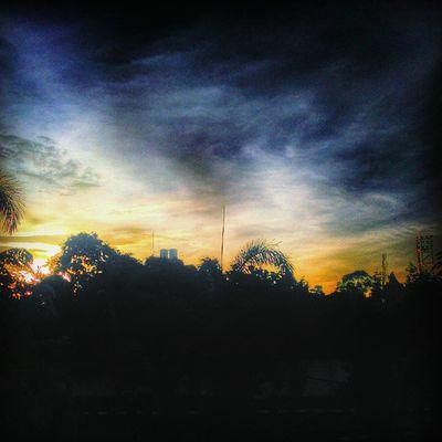 Gak tau photo apaan , yg pnting update lah . Sunset Minggu SORE Edited