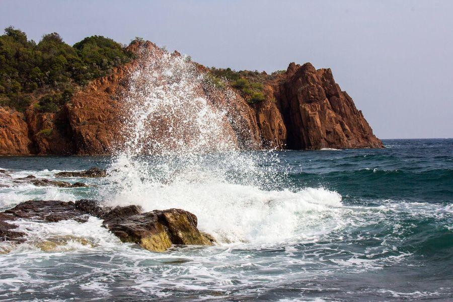 Wind und Wellen Sea Motion Beauty In Nature Waves Waves, Ocean, Nature Côte D'Azur Esterel Rocks And Water