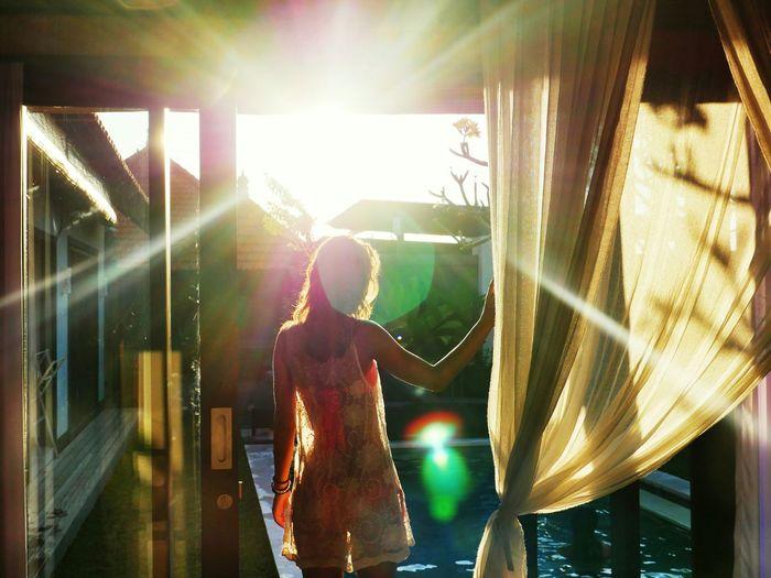 Good morning honey! 💓👉☺🌞☝😍 Lady Modeling Pool Sun Enjoying Life Traveling Fun Friends Sunrise Love
