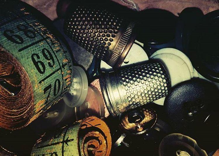Ricordi Bottoni Ditali Metro Torino Ognibottoneunabattaglia Ognibottoneunricordo Bottonidilegno Bottonicolorati Bottonidiplastica Bottons Vintage