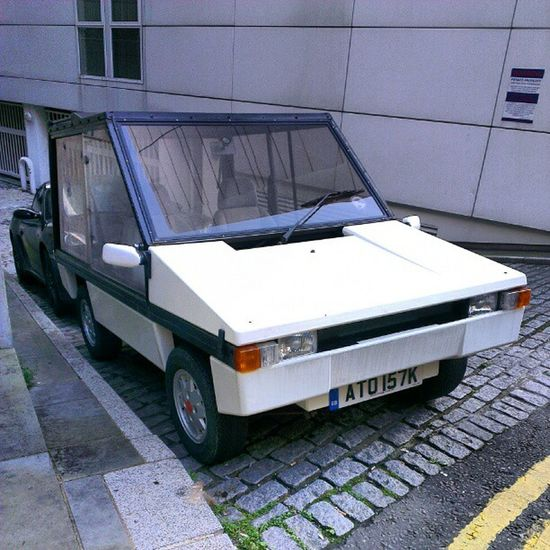 Can anyone tell me what kind of car this is? Round the back of the design museum in London.