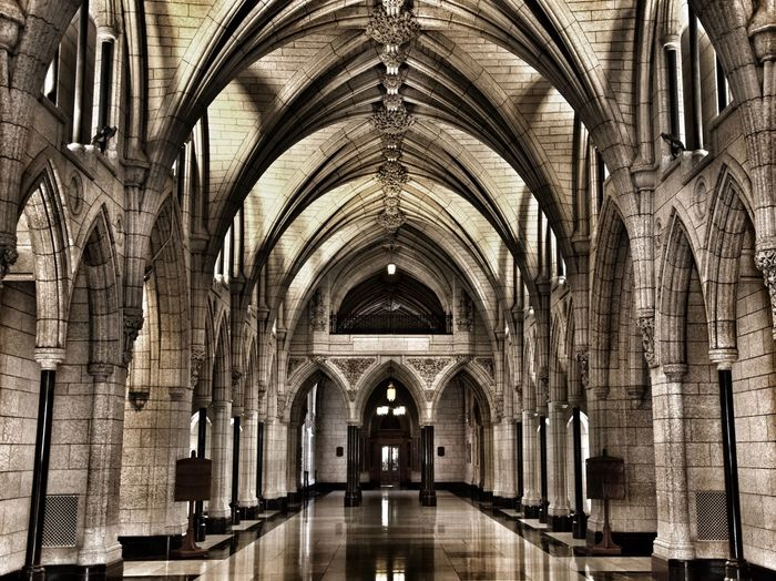 Arch Architecture Built Structure Religion Place Of Worship Spirituality Belief Ceiling Building The Way Forward Indoors  No People Day Direction History Pew Architectural Column Arched Architecture And Art Aisle