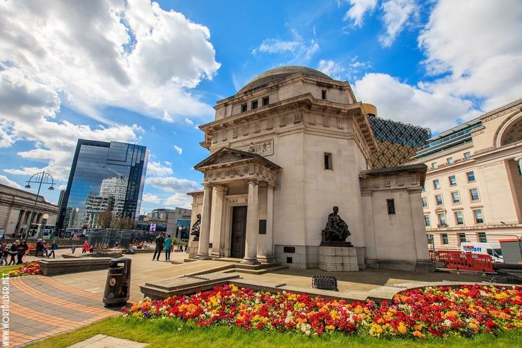Architecture Architecture Birmingham City Centre Birmingham UK Building Exterior Buildings Built Structure City Cityscape Cloud - Sky Day Flower Historical Building Nature Outdoors Sightseeing Sky Sky And Clouds Statue Streetscape Tourism Tourist Attraction  Travel Destinations Wide Angle