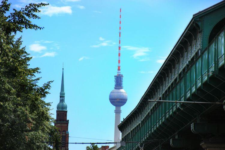 Berlin Berliner Ansichten Berlin Photography Fernsehturm Communications Tower Schönhauser Allee Battle Of The Cities City Life