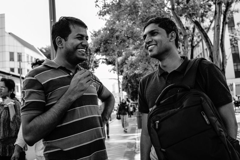 People smiling 1 Streetphotography Streetphoto_bw Blackandwhite B&w Monochrome Candid Photography People Watching People Photography Smile