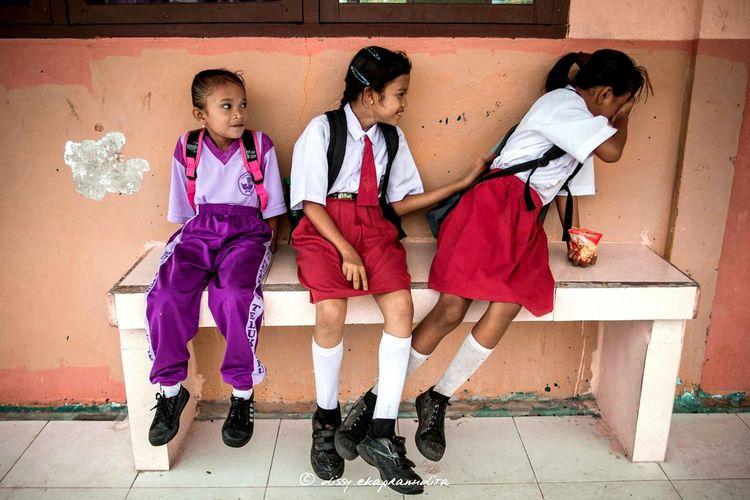 Shy girls Mystudentlife INDONESIA Rupatisland Kids Girls BeautifulIndonesia Wonderful Indonesia