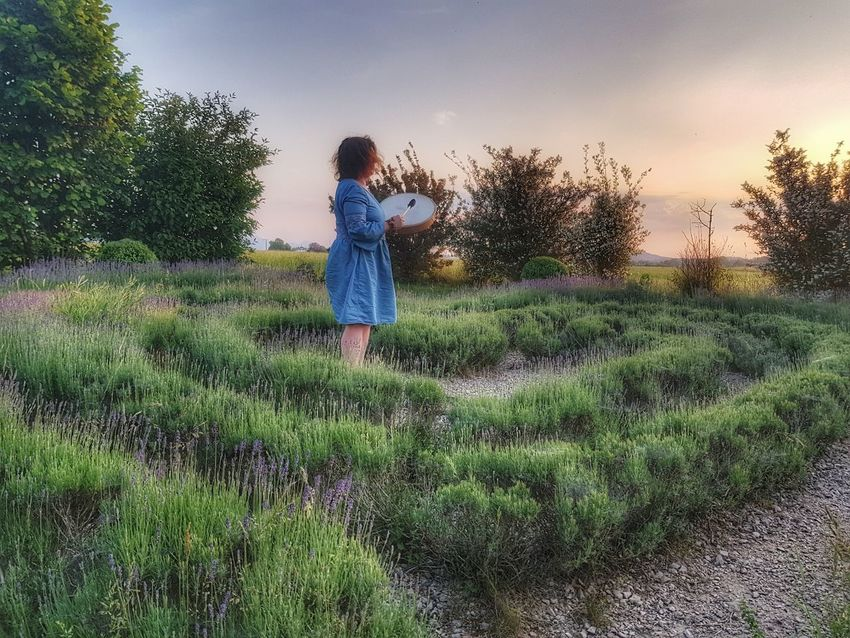 shaman play the drum Shamanism Fotoexpeditionen Rwfart Galaxys8 EyeEmNewHere Eyeemphotography Landscape_Collection Landscape Mystery Mysterious Esoteric Magicmoment Magic Moments Germany Sunset Woman Woman Power Spraying Agriculture Working Standing Tree Sky Grass Plant