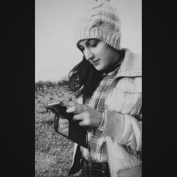 Lovely Girls Beautiful Love Beauty Life Enjoying Life Beautiful Girl Pretty Girl Style Princess Redhair Cold Winter ❄⛄ Sweat First Eyeem Photo Cute♡ Pretty♡ Beautiful ♥ Supergirl SexyGirl.♥ Cutegirl Sweet♡ Spain ✈️🇪🇸 Spanish Style Sensual_woman