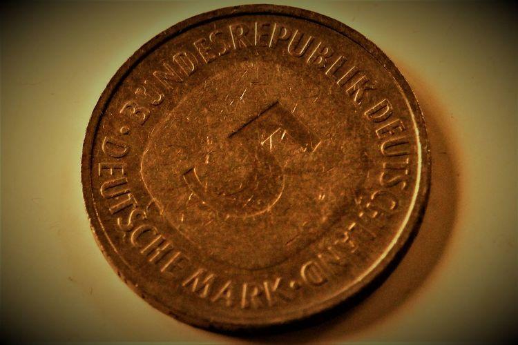 5 deutsche Mark Alte Deutsche Währung Coins Currency Deutsche Mark Deutsche Mark Finance Geldstück German Currency Mark Money Money Money Old German Currency Savings Währung